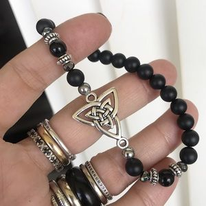 Celtic knot triquetra onyx + hematite bracelet